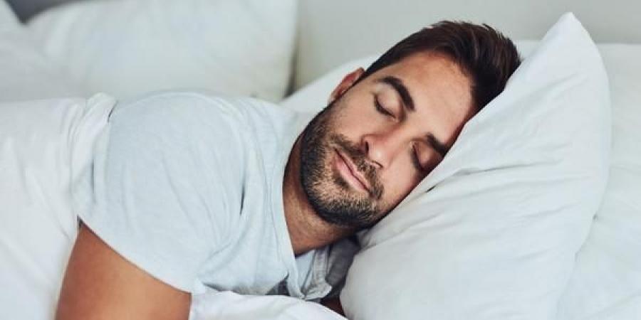 إذا كنت تنام أقل من 6 ساعات.. فأنت مُعرض لهذه الآثار الخطيرة