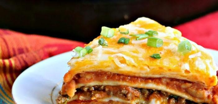 طريقة تحضير فطيرة الدجاج المكسيكي الحار بخبز التورتيلا