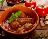 طريقة تحضير كفتة حارة بصلصة طماطم