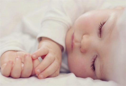 كيفية الحفاظ على بشرة طفلك الرضيع!