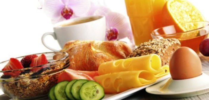 ما هي الأضرار الصحية لعدم تناول وجبة الإفطار ؟