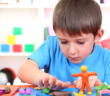 نصائح لتطوير مهارات طفلك الإجتماعية