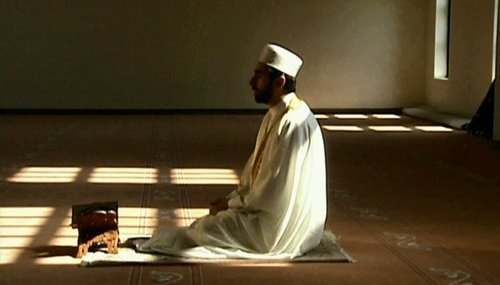 أماكن لا تجوز بها الصلاة