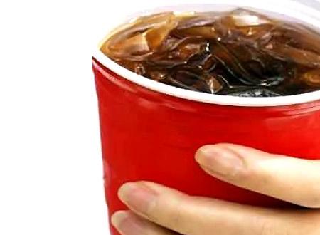 المشروبات و العصائر الغازية قد تسبب السكري