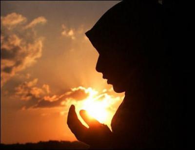 مكانة المرأة بين اليهودية والمسيحية والإسلام