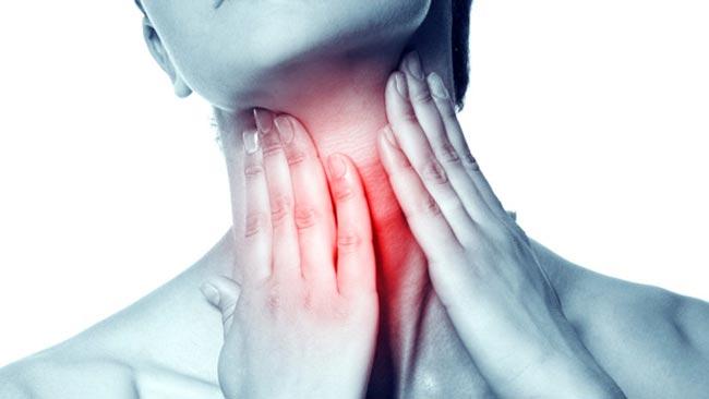 كيف تعالج التهاب الحلق طبيعيا؟