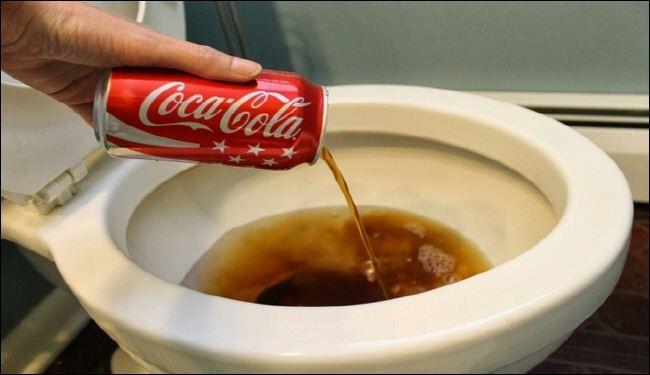 إستخدامات أخرى مفاجأة للكوكاكولا .. غريبة جدا